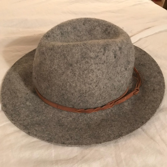 b7eb4a41 Merona Accessories   Heather Grey Floppy Hat   Poshmark